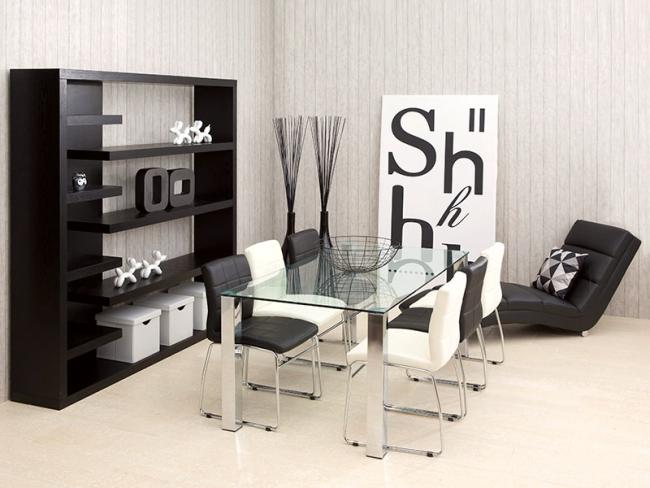 Černo bílý interiér
