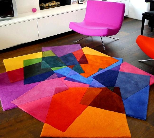 Barevny koberec