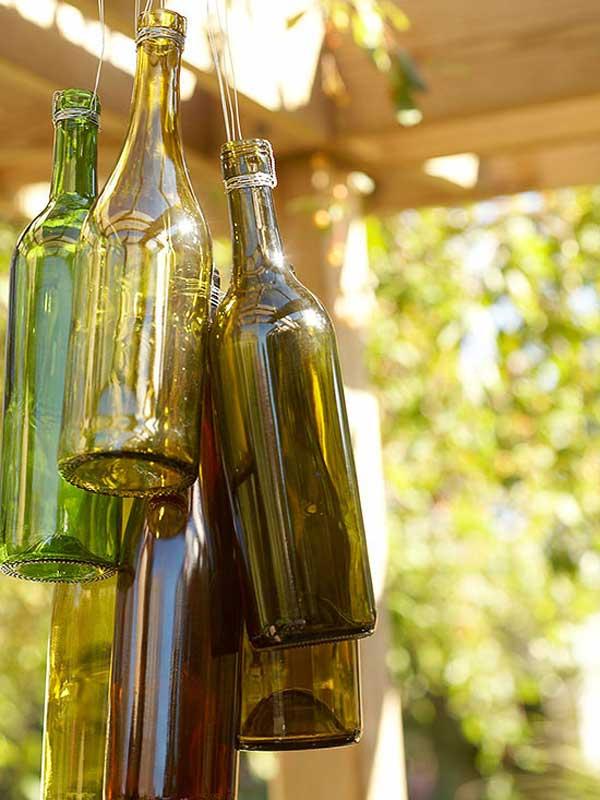 Zvonkohra z prázdných láhví